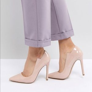 Nude Patent Pumps